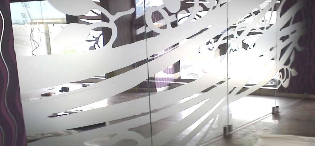Puertas de entrada de aluminio en Espa&ntildea