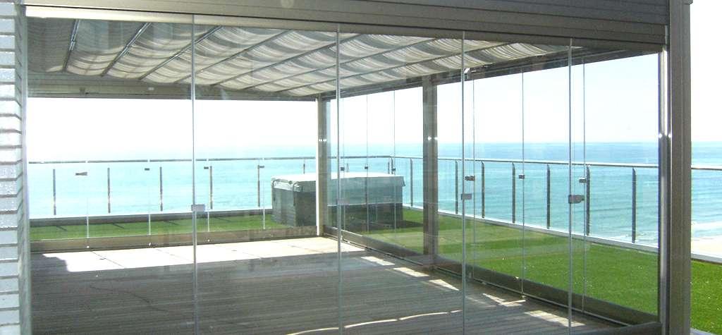 Techos fijos y moviles de cristal cristal templado en espa a cortinas de cristal vidrio - Techos de vidrio para terrazas ...