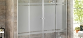 Mamparas de ba&ntildeo de aluminio y cristal en Espa&ntildea